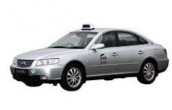 SMRTs CNG-powered Hyundai Azera Taxi