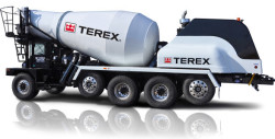 The Cummins Westport 1.9-liter ISX12 G engine delivers the power and torque necessary for mixer operations.