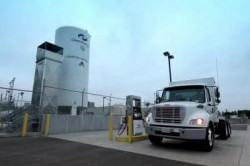 Ryder CNG truck refueling