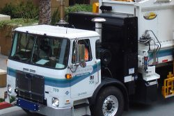 Scavenger natural gas waste collection vehicle