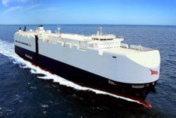 Siem Car Carrier LNG-propelled