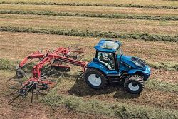 New Holland Concept Tractor (2)