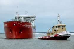 Coral Energy at Tornio Finland for LNG Unloading (1)