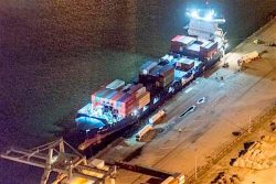 MV Wes Amelie bunkered LNG with trucks discharging in parallel in Rotterdam