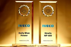 IVECO receives double award in the National Transport Awards 2018 with its new vehicles Daily Blue Power and Stralis NP 460 natural gas