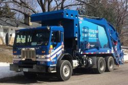 Republic Services NG Waste Collection Vehicle