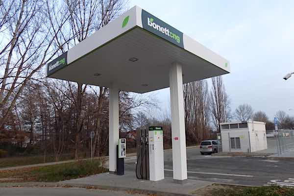 CNG station at Melnik