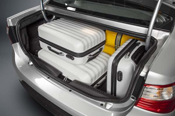 Fiat Grand Siena CNG boot storage