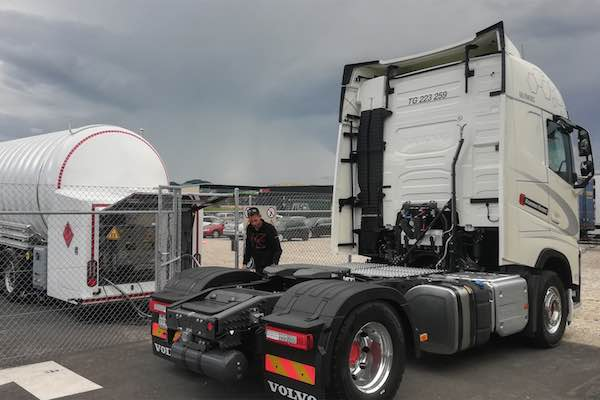 HAM Mobile LNG Refueller in Switzerland for Lidl