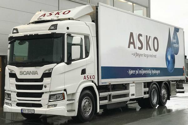 Scania G 350 FCEV truck for ASKO