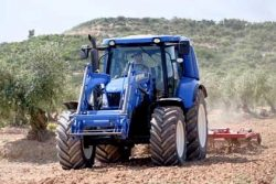 NewHolland tractor trials in Spain