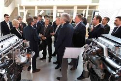 Italy_NGV Italy and IVECO meet with Gazprom Apr2018 Turin