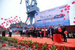 Keel cutting for Elenger's LNG bunker vessel in China